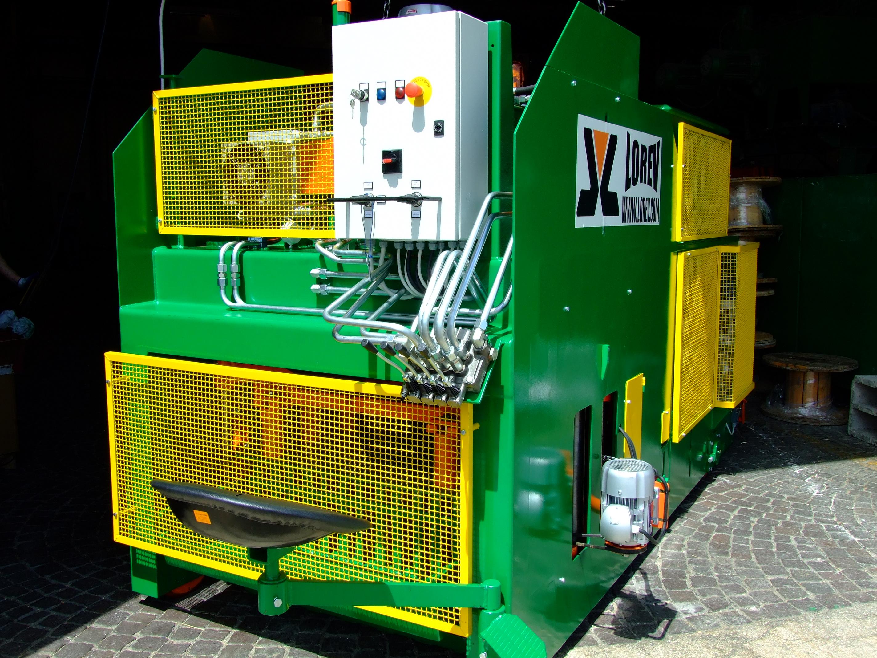 Cement Block Machines : Mobile concrete block machines